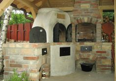 Pizza oven BBQ and cauldron oven, kemence, grill és bográcshely Kitchen Oven, Kitchen Units, Outdoor Oven, Outdoor Cooking, Backyard Kitchen, Barbacoa, Cauldron, Grilling, Bbq