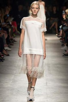 Rochas Spring 2015 Ready-to-Wear Fashion Show: Complete Collection - Style.com