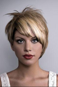.Great asymmetrical pixie hair