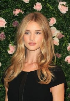 A honey blonde is slightly richer and deeper than a golden blonde, it almost has a slight violet tone to neutralise some of the yellow but keep the warmth, ...