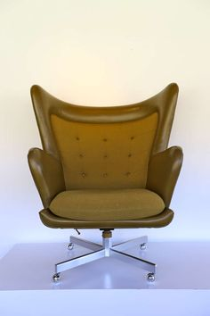 George Kasparian; Leather, Tweed and Aluminum Wing Back Lounge Chair, c1970.