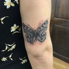 If you're looking for 3d, tiny, large, geometric, dreamy, delicate tattoo ideas in black ink or color, let these butterfly designs inspire your next piece of body art. Hamsa Tattoo, I Tattoo, Sanskrit Tattoo, Butterfly Tattoo Designs, Best Tattoo Designs, Dragon Tattoo Back Piece, Back Tattoo, Faith Tattoo On Wrist, Fresh Tattoo