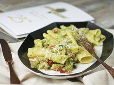 """Oggi vi propongo questa ricetta sfiziosa dei ciavattoni """"LUCIANA MOSCONI"""" con l'abbinamento speck-broccoli che io adoro!!"""
