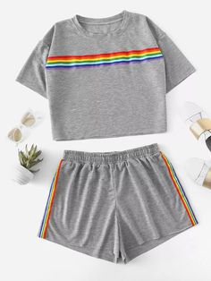 Plus Drop Shoulder Striped Tape Tee With Shorts -SheIn(Sheinside) Cute Lazy Outfits, Kids Outfits Girls, Girls Fashion Clothes, Sporty Outfits, Teenager Outfits, Teen Fashion Outfits, Swag Outfits, Mode Outfits, Girl Fashion