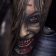 This one straight up scares the shit out of me, as good horror should. Great work Negur. #horror #hyperrealism #StepanNegur #vampire #blood #scary #realism #colorrealism #portrait Arm Tattoos For Guys, Great Tattoos, Body Art Tattoos, Hand Tattoos, Sleeve Tattoos, Tattoo Bein, Demon Tattoo, Dark Tattoo, Evil Tattoos