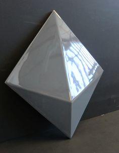 Indoor tile / wall / ceramic / geometric pattern - PEAK EN RELIEF by Adrien de Melo - Normandy Ceramics - Carrelage Design - relief