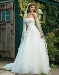 Sincerity Bridal Wedding Dresses, Country Wedding Dresses, Wedding Dress Styles, Bridal Dresses, Wedding Gowns, Tulle Wedding, Dream Wedding, Forest Wedding, Wedding Stuff