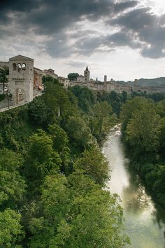 Ascoli Piceno, Marche, Italy. Magnificent scene from the birthplace of my Grandma Vera. Seriously thinking of planning a trip there this summer.