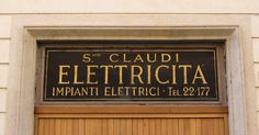 Claudi Elettrcità ed impianti elettrici. Via dei Cosmati, Roma.
