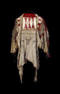 shirt; Plains Peoples; Piegan; Blackfoot; Montana; Alberta(British Museum)