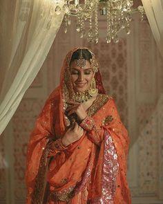 Bridal Photoshoot of Beautiful Ayeza Khan Bridal Mehndi Dresses, Nikkah Dress, Desi Wedding Dresses, Pakistani Wedding Outfits, Indian Bridal Outfits, Indian Bridal Fashion, Pakistani Bridal Dresses, Pakistani Dress Design, Asian Bridal Wear