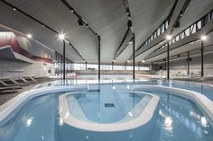 Aquatic Centre Sourcéane  / Auer Weber  CAAU