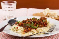 Spaghetti Bolognese Spaghetti Bolognese, Bologna, Nom Nom, Food Porn, Ethnic Recipes, Treats