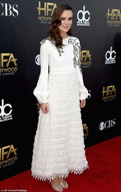 Keira Knightley and Julianne Moore are angelic in elegant white gowns as they lead glamour at first televised Hollywood Film Awards | Daily Mail Online