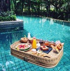 The first time in Bali? Before you plan a place to stay, em . Bevor Sie eine Unterkunft planen, empfehlen wir Ihnen dringend … The first time in Bali? Before you plan a place to stay, we urge you to … – - Places To Travel, Travel Destinations, Places To Visit, Holiday Destinations, Destination Voyage, Travel Aesthetic, Aesthetic Food, Travel Goals, Travel Trip