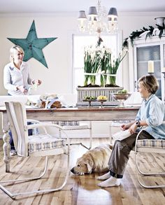 Shannon Gale | photo stylist | minneapolis, mn. Relaxed Holiday Naturally BHG 12/2005.