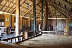 inside Khmer house Asian Architecture, Wooden House, Traditional House, Siem Reap, Cabin, House Styles, Room, House Ideas, Furniture