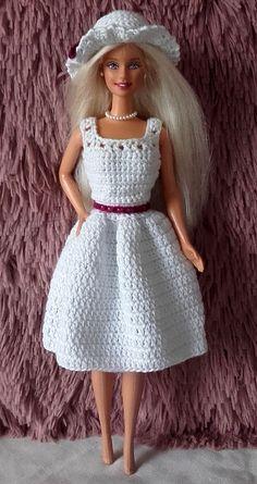 gratis haakpatroon Barie jurkje me Bolero - JFK TFT Crochet Barbie Patterns, Crochet Doll Dress, Barbie Clothes Patterns, Crochet Barbie Clothes, Doll Clothes Barbie, Crochet Doll Pattern, Barbie Dress, Knitted Dolls, Clothing Patterns