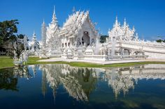Do you love to go to a trip, as much as I do? I am pretty sure, the answer is yes :-) In this post you will find some very useful info about the beautiful country of Thailand. Enjoy the article and have fun your vacation in Thailand. 2 Weeks In Thailand, Visit Thailand, Thailand Travel, Chiang Rai, Madison Square Garden, White Temple Thailand, Places To Travel, Places To Visit, Times Square