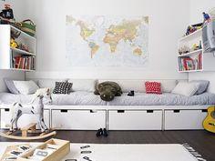 Chez nous, on est fan de géographie. Cartes du monde, globes, jeux de sociétés, jeux sur internet (notre préféré: http://www.jeux-geographiq...