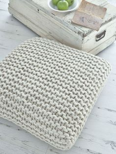 chunky_knit_nordic_house
