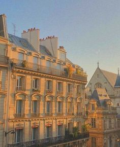 City Aesthetic, Travel Aesthetic, Places To Travel, Places To Go, Photo Deco, France 3, Living In Europe, Aesthetic Pictures, Beautiful Places