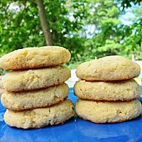 4 Protein Powder Recipes: Coconut Protein Cookies, Protein Pancakes, No Cook Almond Butter Bites, PB and Banana Smoothie Vega Protein Recipes, Protein Powder Recipes, Vanilla Protein Powder, Healthy Dessert Recipes, Low Carb Recipes, Healthy Deserts, Desserts, Pumpkin Protein Pancakes, Protein Powder Pancakes