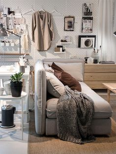 46 Cool Ideas to Use IKEA for Your Interior Design Design # - pegboard Ikea Living Room, Ikea Bedroom, Living Spaces, Bedroom Decor, Interior Ikea, Interior Design, Home Office, Home Trends, Cool Ideas