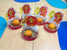 En attendant Saint Nicolas... - Ecole Primaire Caroline Aigle -Verdun Christmas Diy, Xmas, Holiday, St Nicholas Day, Advent, Theme Noel, Saints, December, Fun