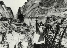 Corinth Canal-Greece 1881 1893 Black Sea, Black And White, Corinth Canal, As Time Goes By, Panama Canal, Southern Italy, Historical Photos, Mount Rushmore, Greece