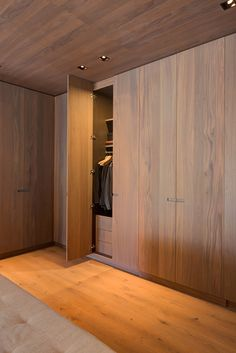 Custom-built in wood Build A Closet, Walk In Closet, Aspen House, Living Room Shelves, Concrete Wood, Wall Racks, Under Stairs, Loft, Mudroom