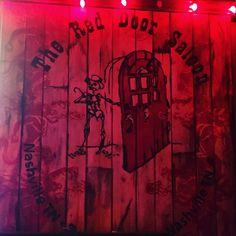 #covernashville #reddoor #reddoorsaloon #saloon #bar #twoforone #midtown #nashville