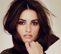 Make-Up Artists Backstage Tips and Tricks - Penelope Cruz by Charlotte Tilbury