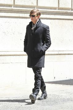 First look at Dane Dehaan as Amazing Spider-Man 2 villain Harry Osborn Dane Dehaan, Harry Osborn, Spider Man 2, Summer Boots, Falling In Love With Him, Phoebe Tonkin, Boys Playing, Musa, Amazing Spiderman