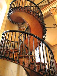 "Mysterious Places :The ""Miraculous Stair"" of Loretto Chapel"