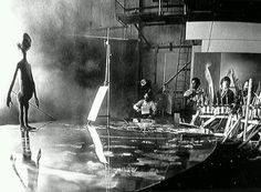 On the set of CLOSE ENCOUNTERS OF THE THIRD KIND.