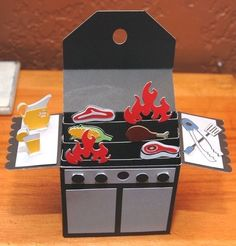 I cannot take credit for this SVG Grill Card Box but thank you to whom for sharing! Made this for hubby for Fathers Day with Cricut Explore Card In A Box, Pop Up Box Cards, 3d Cards, Scrapbooking 3d, Scrapbook Cards, Masculine Birthday Cards, Masculine Cards, Fancy Fold Cards, Folded Cards