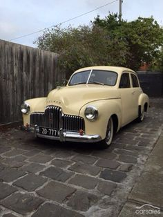 FX Holden, Australia Vintage Cars, Antique Cars, Holden Australia, Australian Cars, Old Pickup, Best Classic Cars, Commercial Vehicle, Road Racing, General Motors