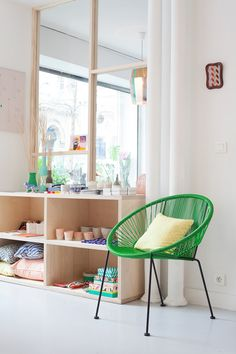 Home Decoration Ideas Images Code: 4319130249 Vintage Interiors, Shop Interiors, Colorful Interiors, Home Living Room, Living Room Designs, Living Spaces, Architecture Parisienne, Retail Shelving, Pastel Interior
