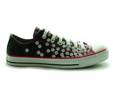 ADORABLE springtime shoes, Easter shoes...in fact, I think I have at least 2 dresses these would look good with...