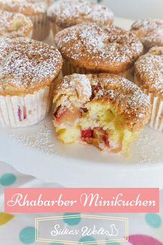 Rhabarber Minikuchen Who wants to eat a whole cake right away? That 's why today there are rhubarb muffins made from sponge batter, which are ratzfatz baked. Egg Recipes For Breakfast, Food Items, Dessert Table, Food Inspiration, Crockpot Recipes, Ravioli, Food And Drink, Cupcakes, Sweets