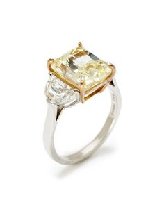 Piranesi Fancy Light Yellow & White Diamond Ring