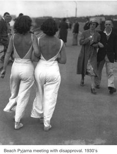 Berufskolleg Humboldtstr Koeln - Timeline Fashion - The Mode Vintage, Style Vintage, 1930s Style, 1930s Fashion, Vintage Fashion, Grunge Fashion, Gothic Fashion, Victorian Fashion, Fashion Fashion