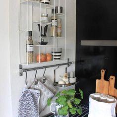 Maustenurkan päivitystä #koti#keittiö#mausteet#hylly#inspiration #interior #homedecor