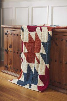 Bernat® Autumn Leaves Blanket #harvesthome #crochet #pattern