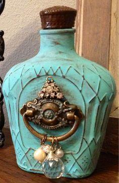 Another Pinner Said--Antiqued Crown Royal bottle. I knew I kept Jason's old Crown bottles for a reason! Liquor Bottle Crafts, Wine Bottle Art, Diy Bottle, Beer Bottle, Altered Bottles, Bottles And Jars, Glass Bottles, Empty Liquor Bottles, Bottle Lamps