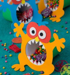 Risultati immagini per monster party favor ideas Monster First Birthday, Monster 1st Birthdays, Monster Birthday Parties, Boy Birthday, Kids Birthday Treats, Monster Inc Party, Little Monster Party, Monster Box, Kids Crafts