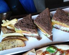 Sunny Day Scene · · ·  #foodporn #picoftheday #food #foodporn #ifoundawesome #delicious #yummy #foodpics #foodgasm #instagood #instalike #f52grams #followme #foodblogger #instafollow #zomato #sodelhi #foodstagram #eeeeeats #foodtalkindia #delhi_igers #delhi_foodie #appetizingcity #delhifoodie #yummyinmytummy #igfood #instafood #instadaily #photooftheday