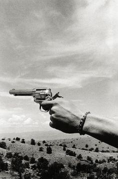 Ralph Gibson :: Gun in Hand, from Deja Vu, 1972 / source 1: Ralph Gibson website / source 2: livejournal more [+] by this photographer