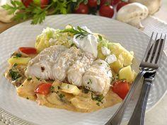 Bakonyi harcsaszeletek juhtúrós puliszkával recept Fish Dishes, Meat, Chicken, Recipes, Drink, Food, Party, Beverage, Recipies